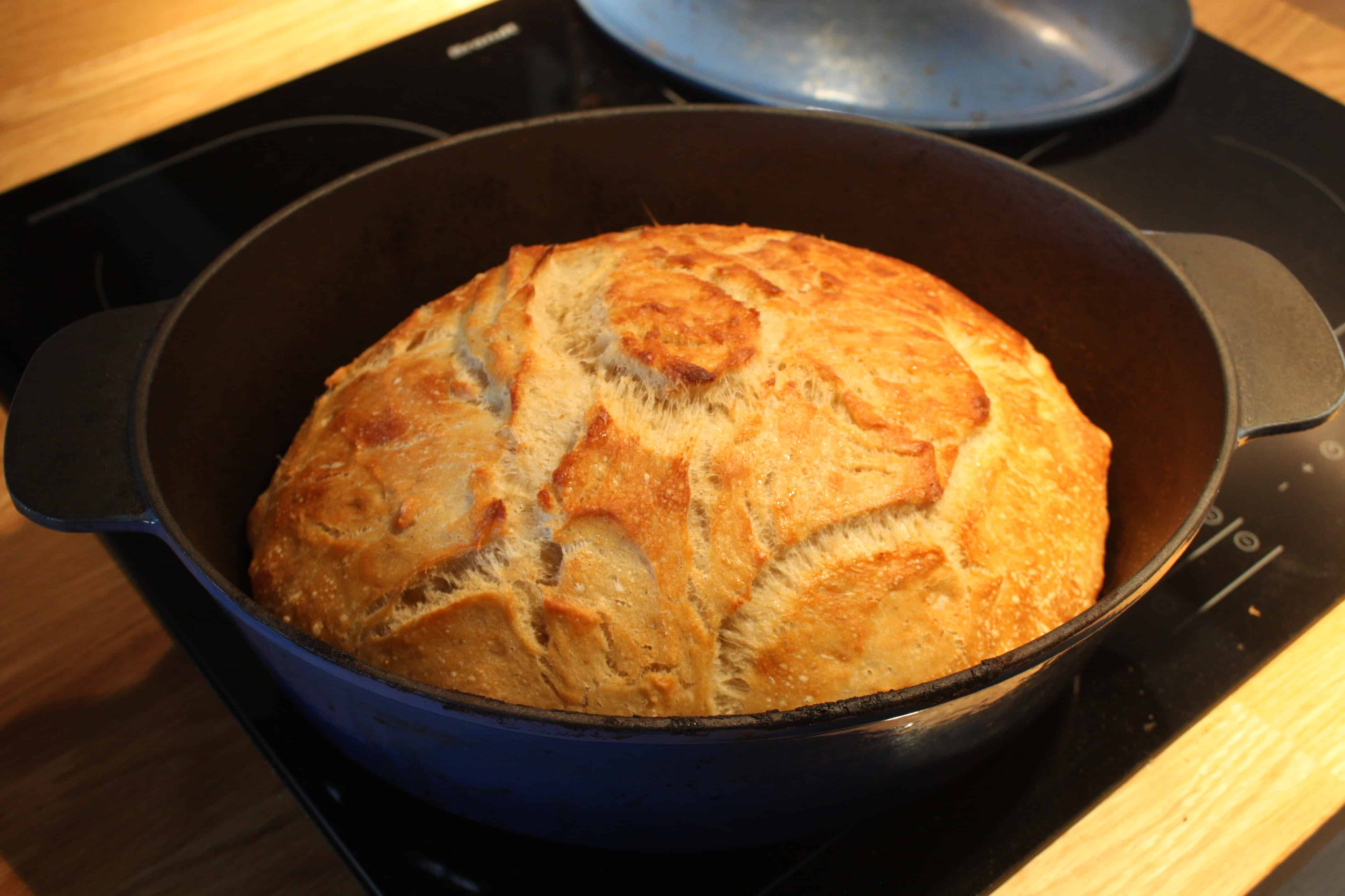 Semolinabrød- bagt som grydebrød