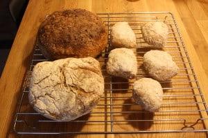 Høstbrød med kerner, grydebrød