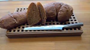 Mørkt italiensk brød